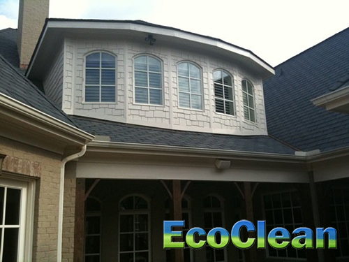 EcoClean offers window cleaning in Greenville, SC