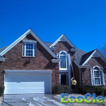 SoftWashing a house in Simpsonville, SC